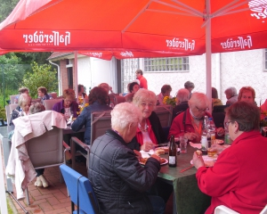 2016-08-10_Grillen_große Runde